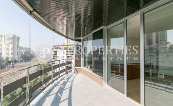 Penthouse for rent in Avinguda Diagonal