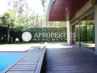 Beautiful ground floor duplex for rent in Pedralbes