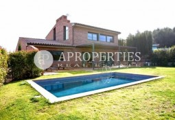 Spectacular house for rent in Golf area, Sant Cugat