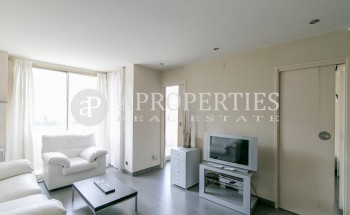 Exclusive apartment for sale in the upper area of Barcelona