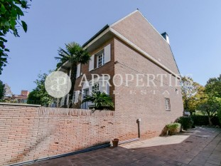 House with garden for rent in Pedralbes