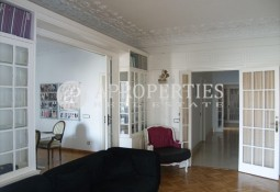 Nice apartment for sale in Gracia