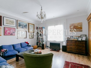Elegant flat in Balmes street for sale