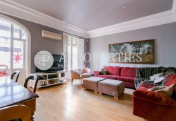 Spacious apartment in Eixample for rent