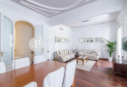 Luxurious apartment for sale on Balmes street in Barcelona