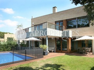 Detached house for sale in the best area of Sant Cugat