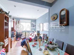 Cosy apartment in Eixample Esquerre, for sale