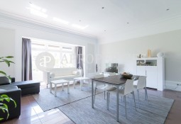 Bright apartment for rent in Passeig de Gràcia