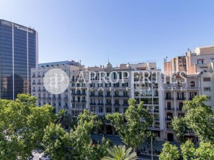 Unique property in the prestigious Avinguda Diagonal, for sale