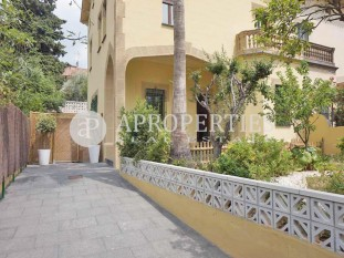 Refurbished house for rent with garden in Pedralbes