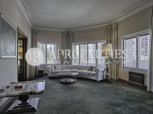 Magnificent flat for sale in a stately building in Salamanca district, in Madrid