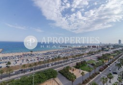 Apartment in front of the sea with spectacular views, for sale