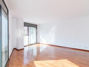 Brand new apartment for sale in Josep Tarradellas