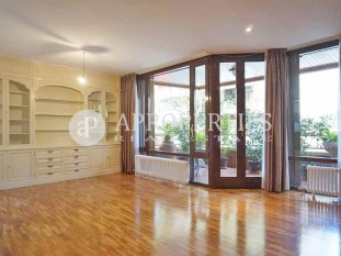 Spacious and quiet family apartment for rent in Tres Torres