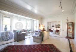 Spectacular flat for sale in front of La Casa de les Punxes