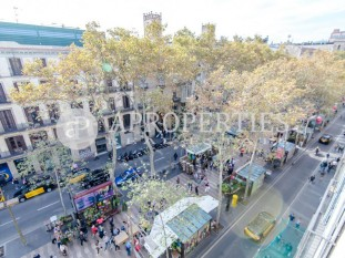 Great opportunity for investment in La Rambla of Barcelona