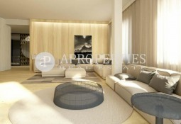 Flat with terraces for sale in the center of Barcelona
