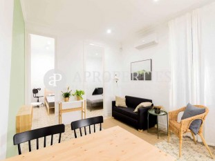 Apartment ideal for investment in the wonderful district of Poble Sec of Barcelona