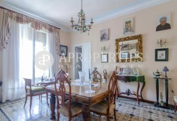 Flat for sale in El Gòtic area in Barcelona