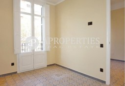 Beautiful apartment for rent in Passeig Sant Joan, Barcelona