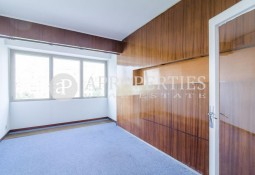 Bright apartment for rent in Plaza Francesc Macia