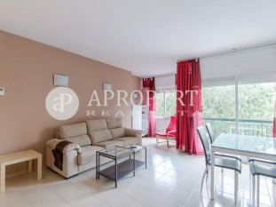 Functional apartment for rent furnished in Passeig Maragall, Barcelona