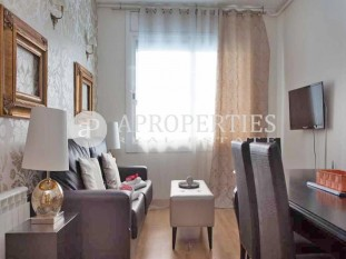 Two beautiful apartments with tourist license for sale in Sant Gervasi, Barcelona