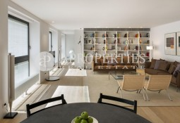 Fantastic duplex with views to Palau Robert gardens in luxury housing development close to Passeig de Gràcia, Barcelona