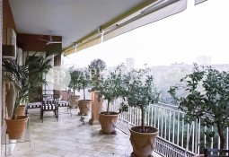 Classic flat for sale overlooking Turó Park, Barcelona