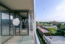 Exclusive apartment for rent with pool in Pedralbes, Barcelona