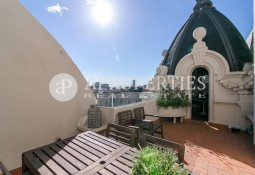 Stunning penthouse with amazing views for rent in Barcelona