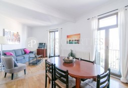 Fabulous apartment in Passeig de Sant Joan in Barcelona