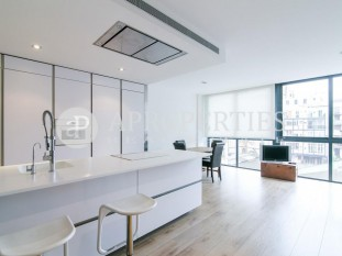 Beautiful refurbished apartment for sale with much taste in Esquerra de l'Eixample, Barcelona