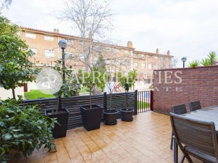 House for rent in the historic center of Sant Cugat