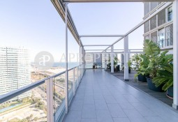 Exclusive furnished penthouse in Illa de la Llum in Barcelona