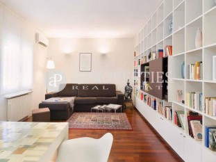 Apartment for rent close to Plaça Rovira, in Barcelona