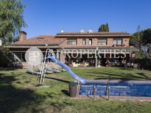 Spacious house with swimming pool in Sant Cugat del Vallès