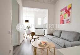 Cozy three bedroom apartment for rent in Gracia