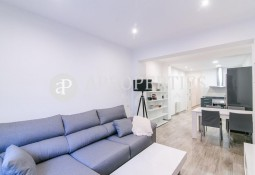 Ground floor refurbished for rent near Balmes street, Barcelona