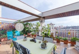 Wonderful penthouse for sale with terrace near Sagrada Familia in Barcelona