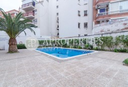 Apartament al centre d'Esplugues, Sant Just