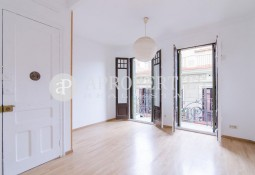 Very quiet apartment for rent in Gracia, Barcelona