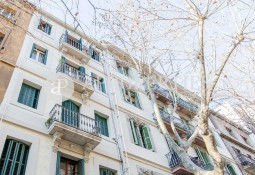 Fantastic charming apartment for sale touching Avinguda Diagonal, Barcelona