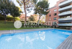 Excellent flat for sale in one of the best states of Passeig Bonanova, Barcelona