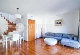 Penthouse duplex for sale with tourist license in Eixample, Barcelona