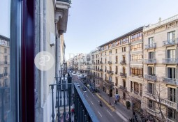 Wonderful refurbished apartment with the charm of  Eixample Modernista, Barcelona