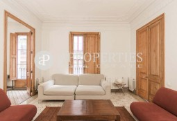 Charming apartment recently refurbished in the center of Barcelona