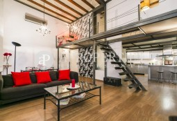 Loft completely refurbished for sale in Born, Barcelona