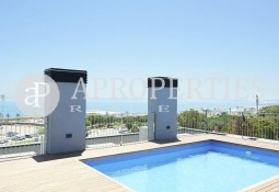 Brand new apartment located in front of the sea with spectacular views for sale, Barcelona