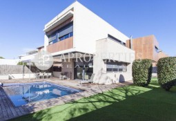 Modern house very close to Mirasol station, Sant Cugat del Vallés